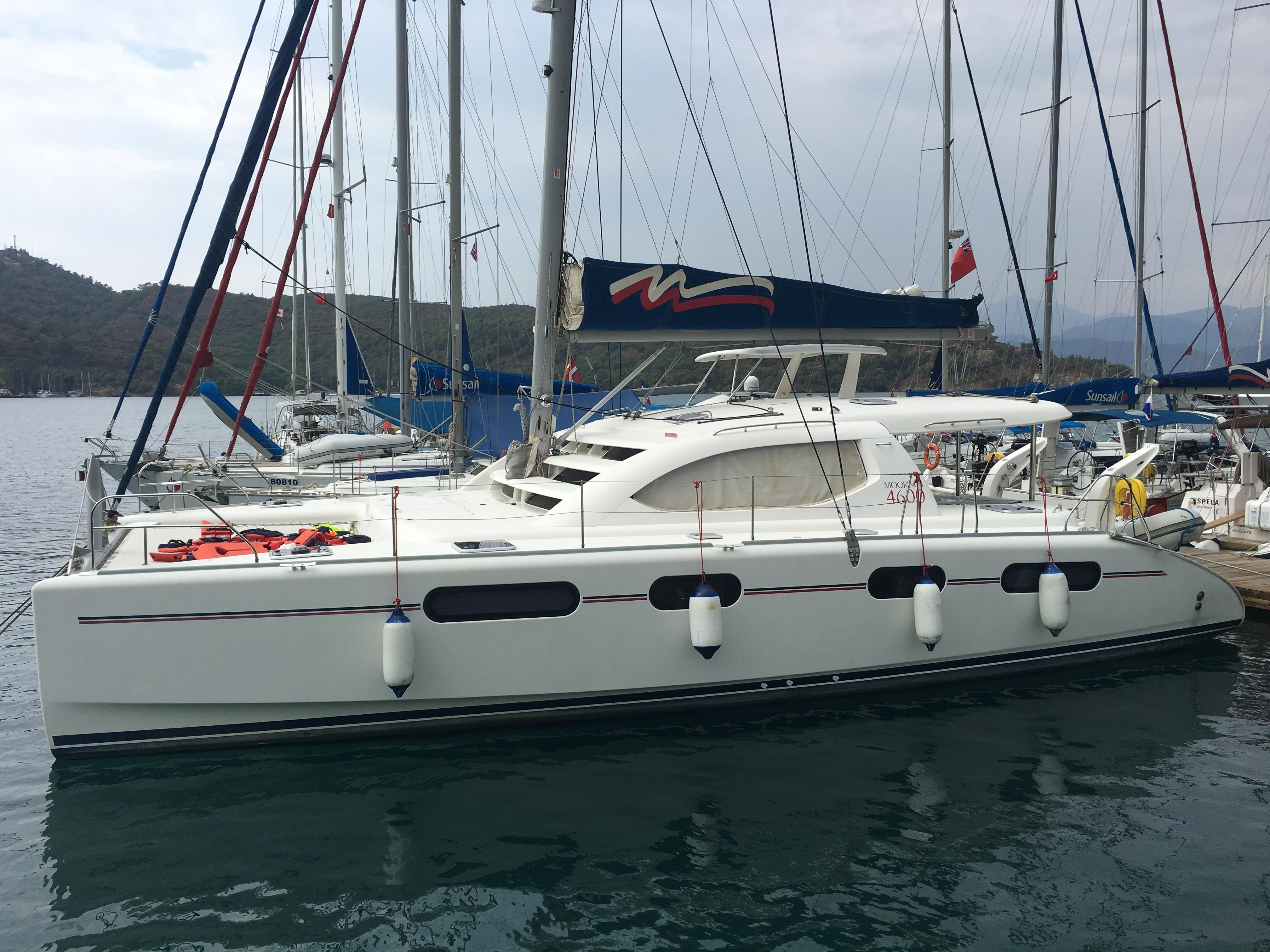 Sunsail 444 for sale - Robertson And Caine Leopard 46